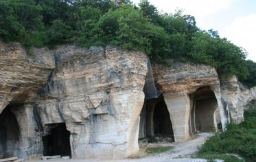 The caves of Prun